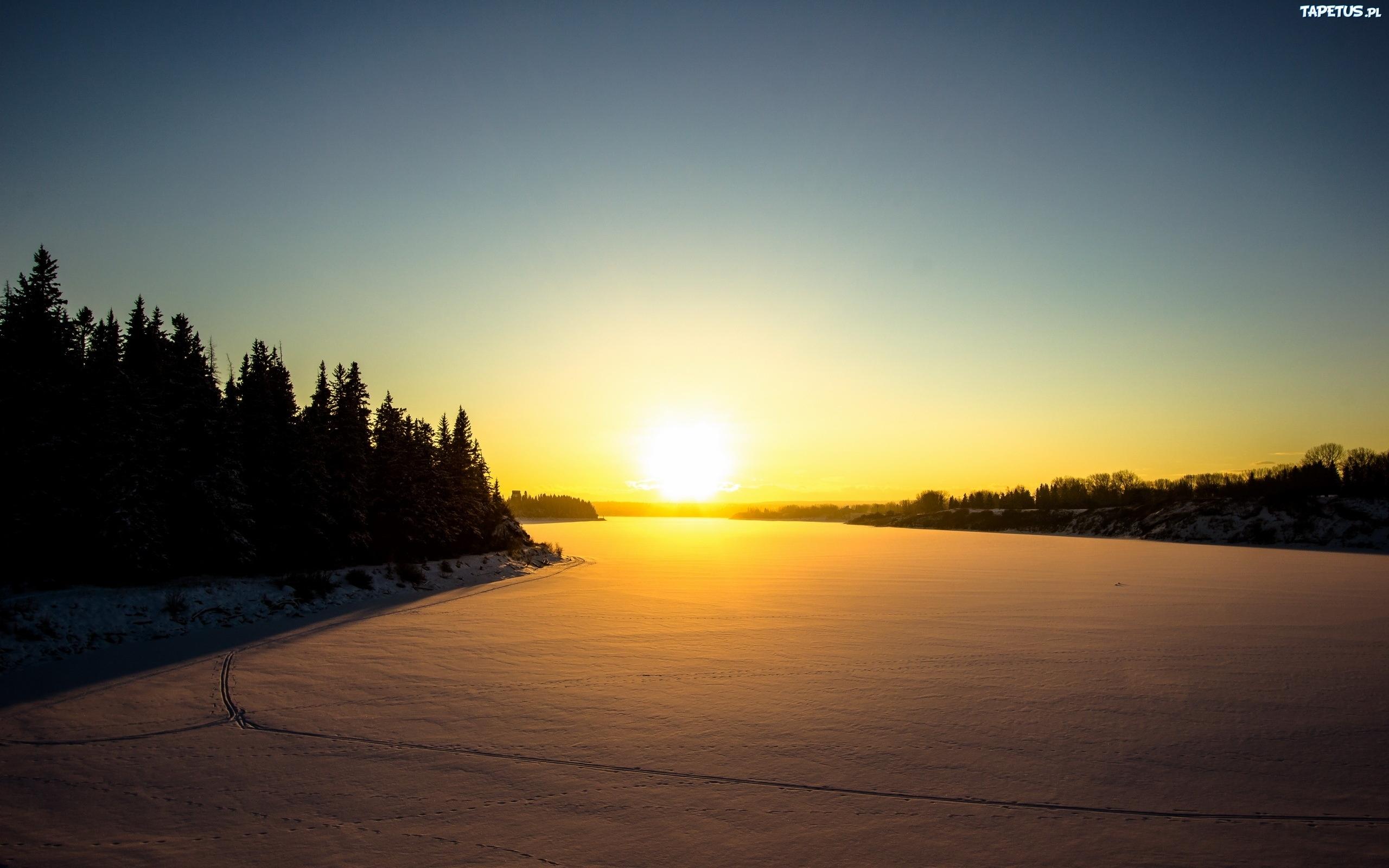 закат над снежной степью  № 831924 бесплатно