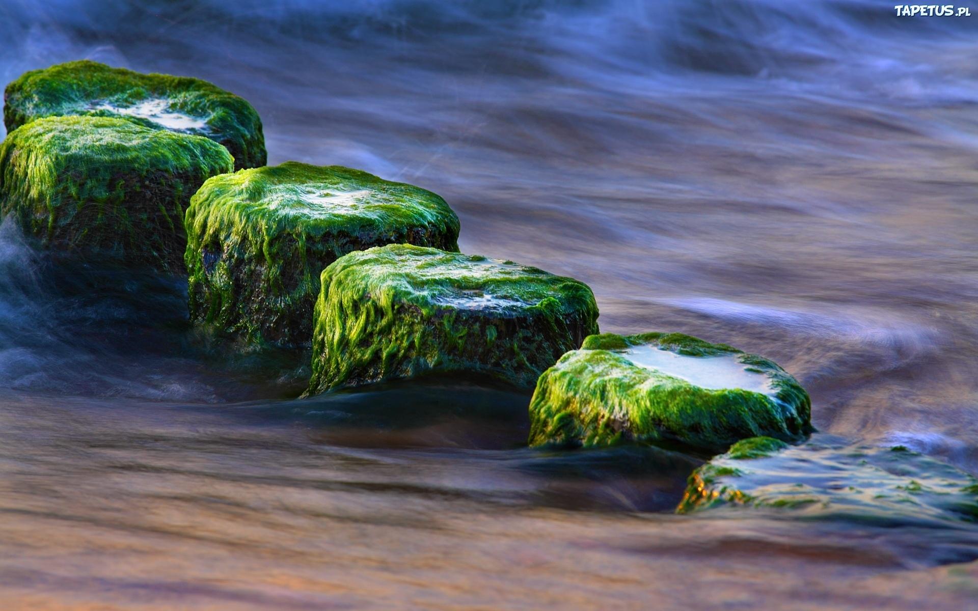 бурлящая вода на скалах  № 205532  скачать