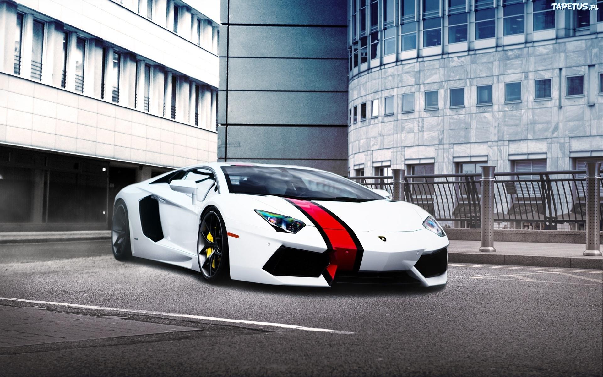 споротивный автомобиль Lamborghini Aventador  № 2430018 бесплатно
