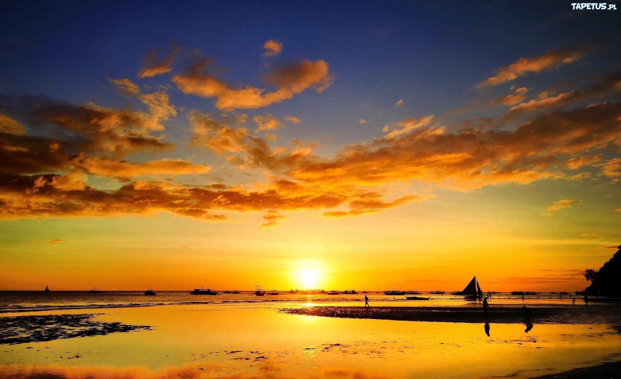 золотистый закат над морем  № 184486 бесплатно