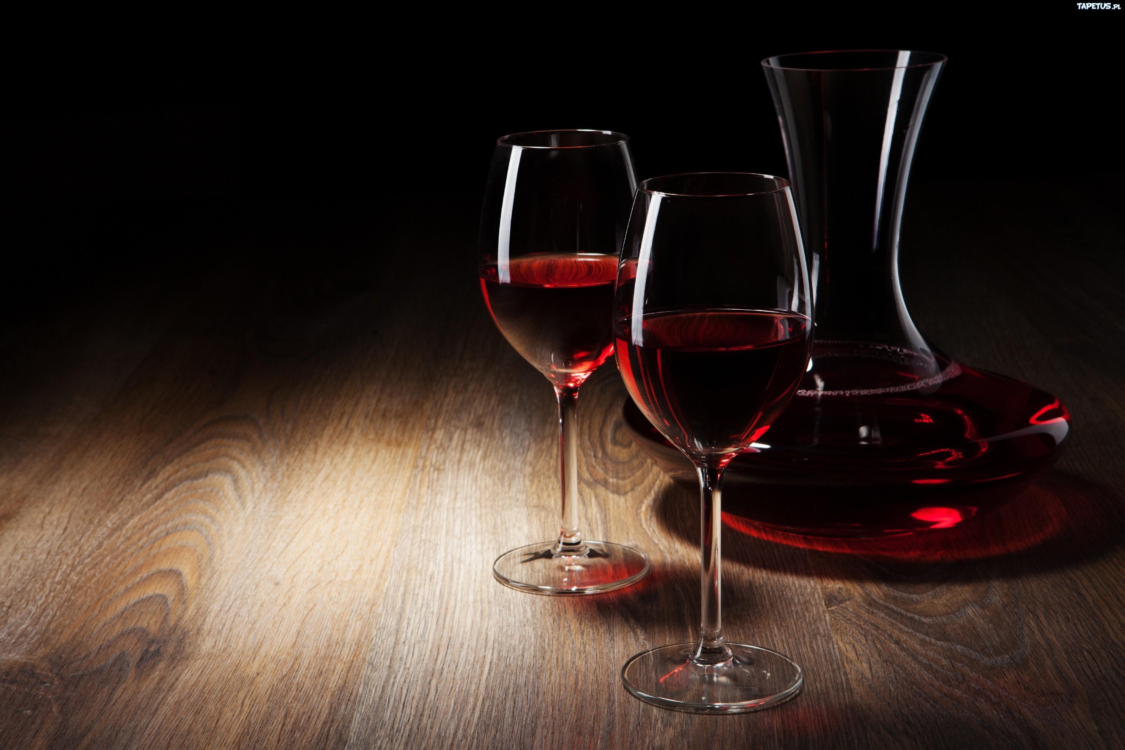 Обои на рабочий стол бокал с вином