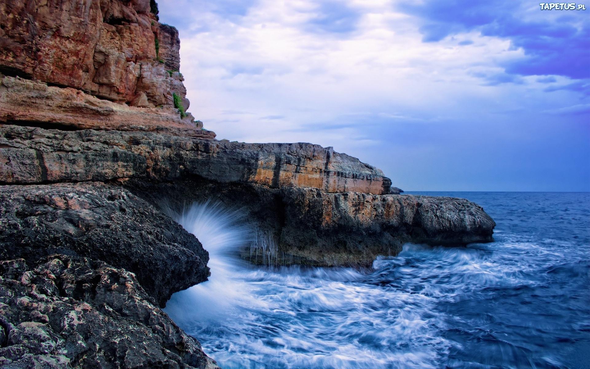 скала берег волны  № 2501520 загрузить