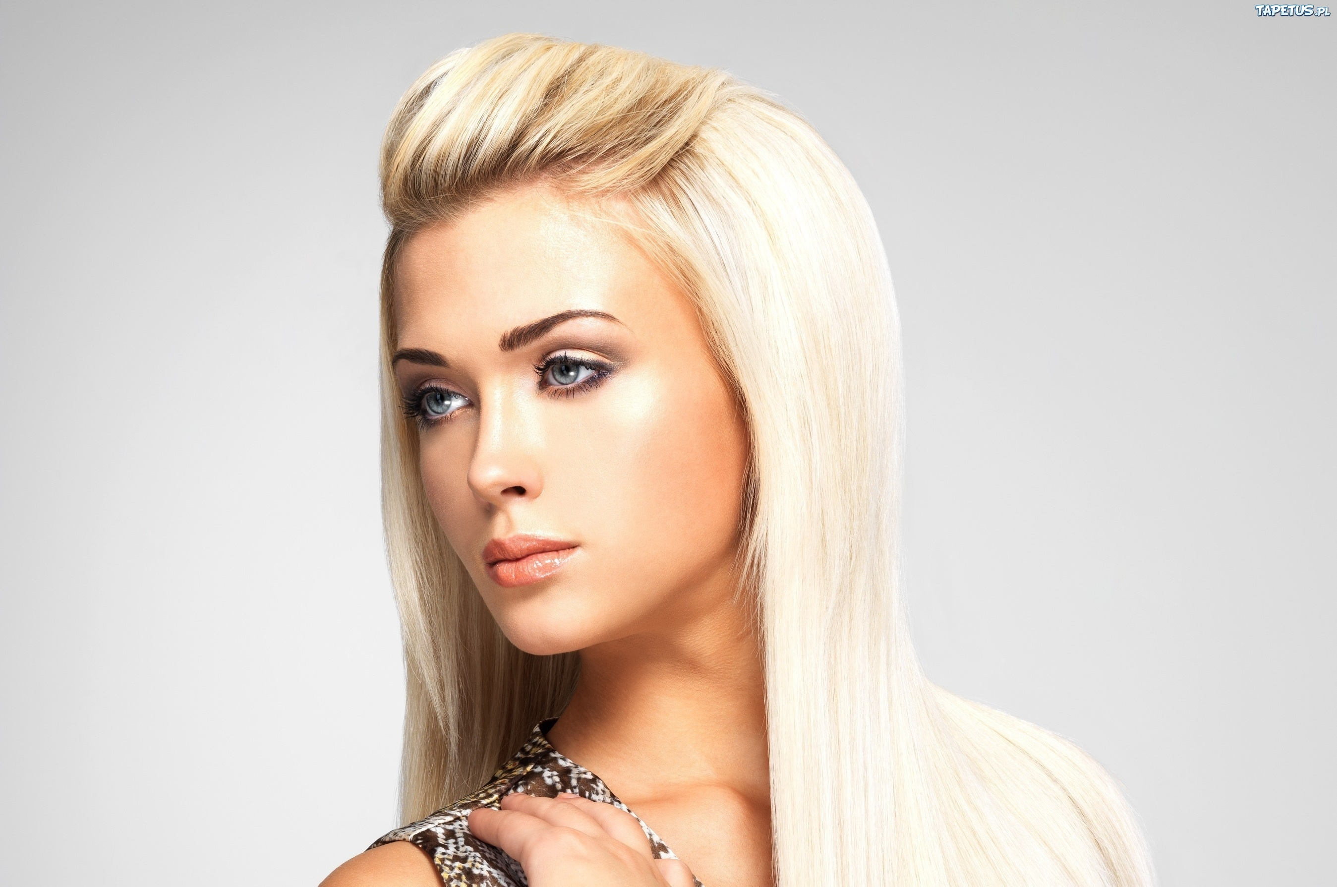 Фото длинных волос или причесок блондинок