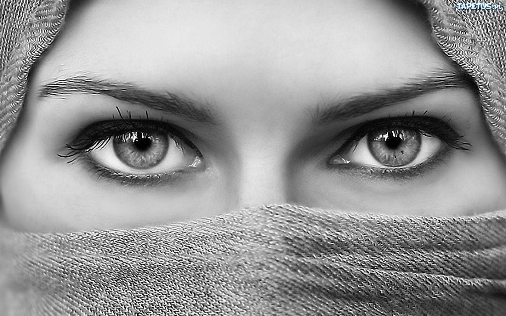 Kobiece, Oczy, Chusta
