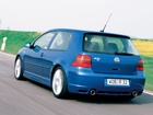 Volkswagen Golf 5, R32