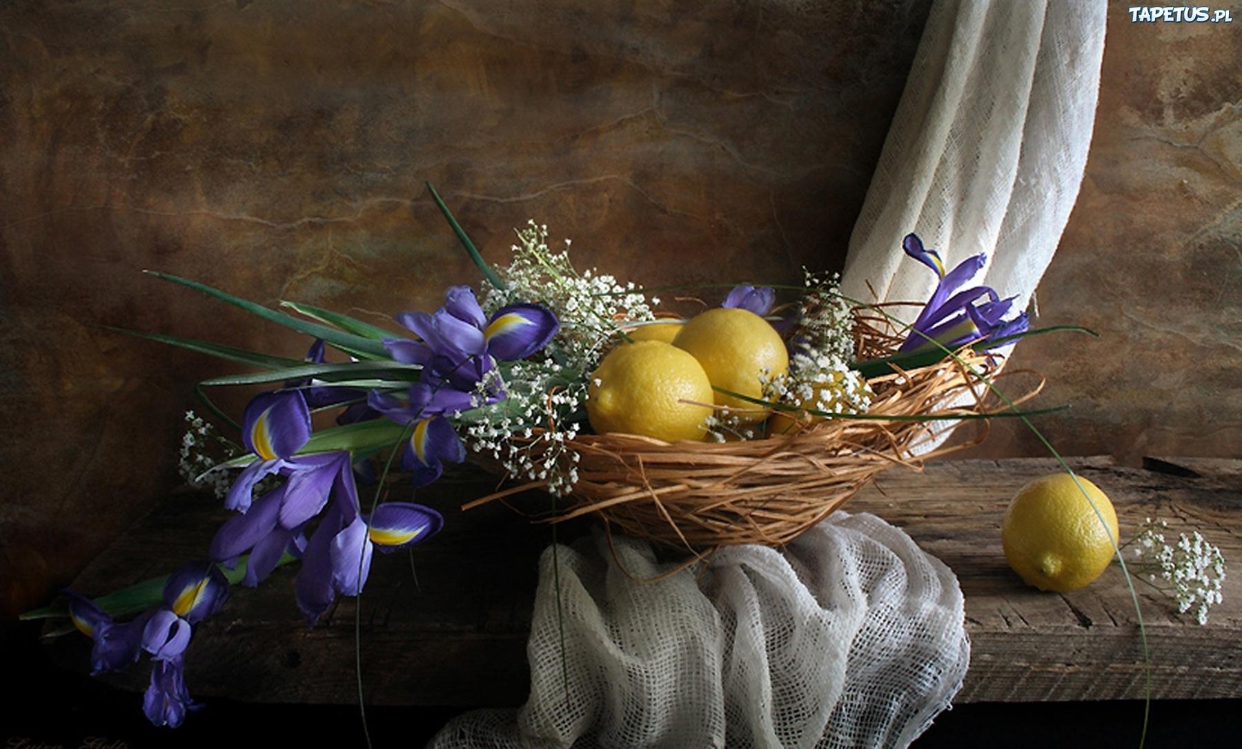 стол, ваза, цветы, лимон скачать