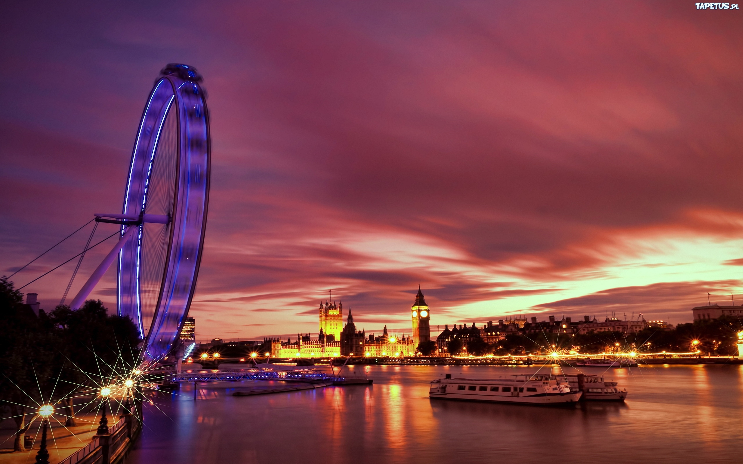 Evening Light Falls on the London Eye and County Hall, London, England без смс