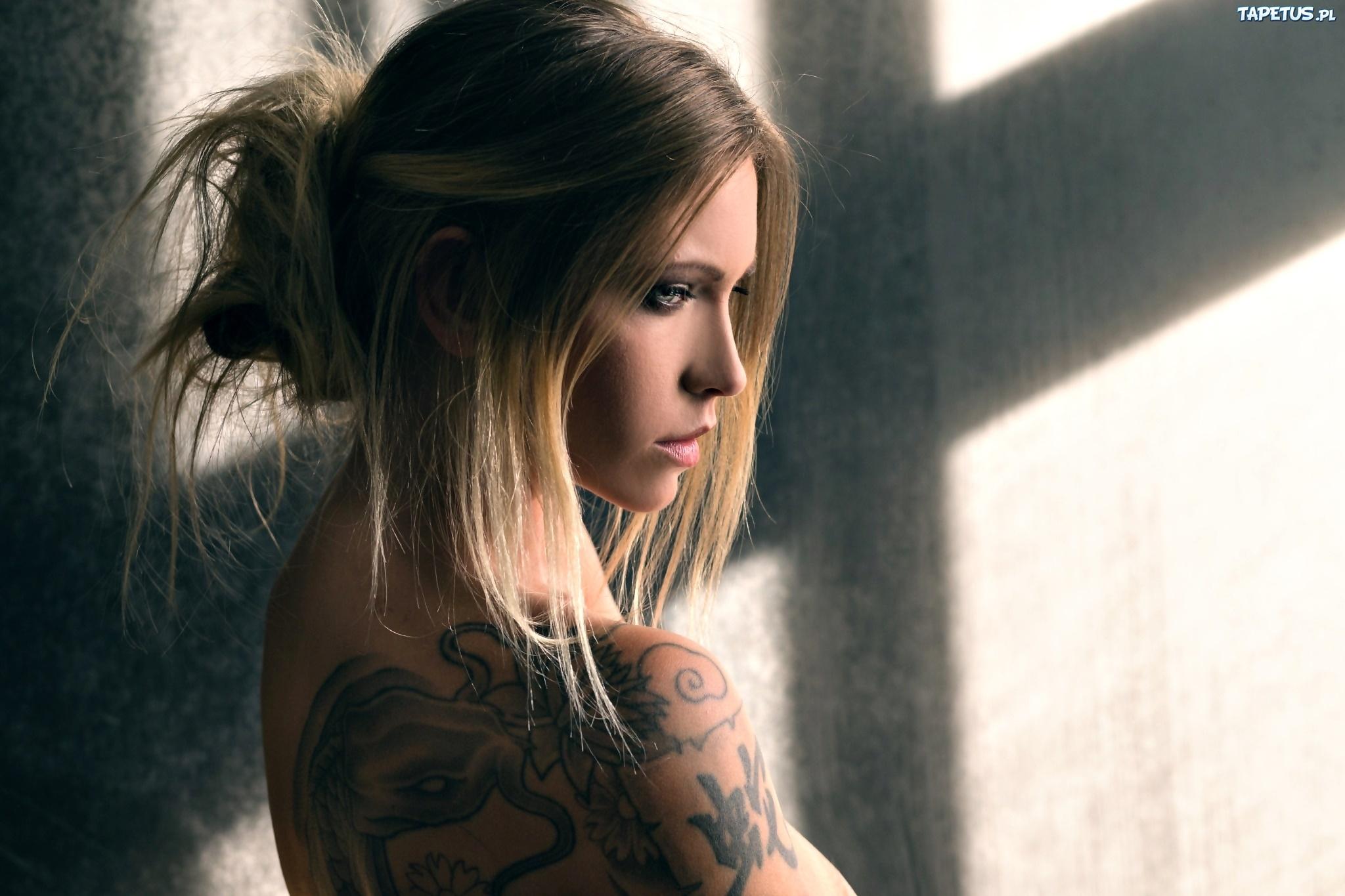 Dziewczyna Tatuaż