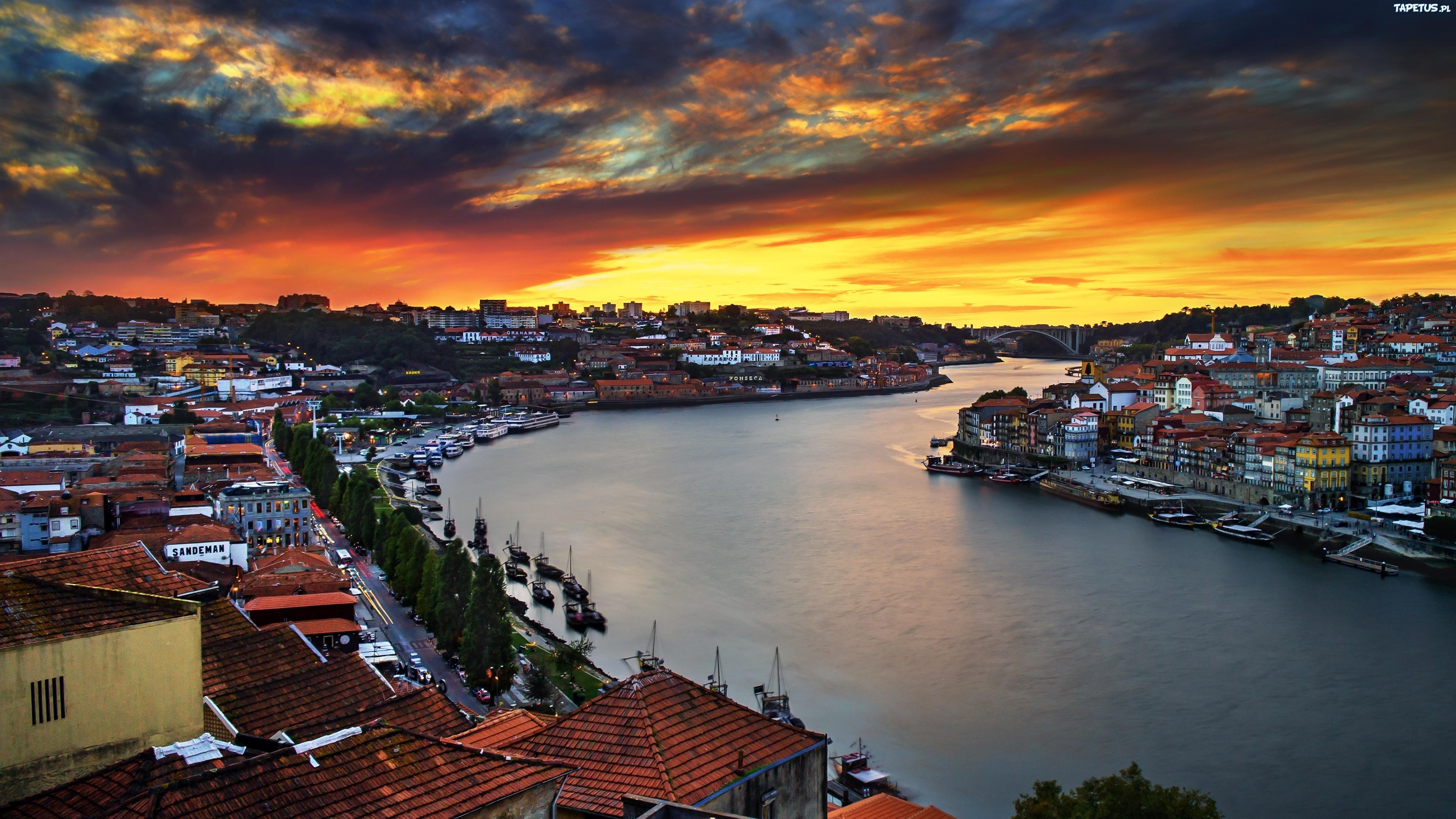 город порт на закате без смс